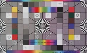 colour_chart_comparison_left_nexus7_right_s4active